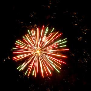 Fireworks2-2011-11-7059692